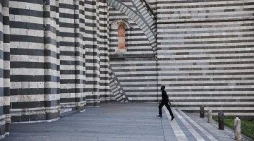 01-Sensational-Umbria-copyright-Steve-McCurry-Duomo-di-Orvieto_941-705_resize