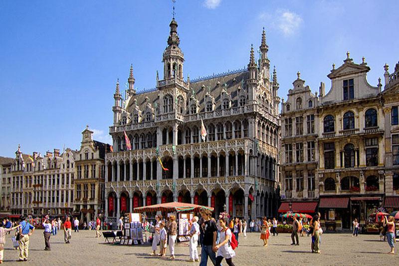 Bruxelles: fine settimana senza code