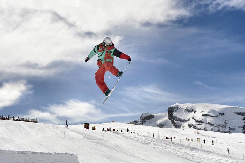 Madonna di Campiglio: snowpark e boardercross con tutta la famiglia