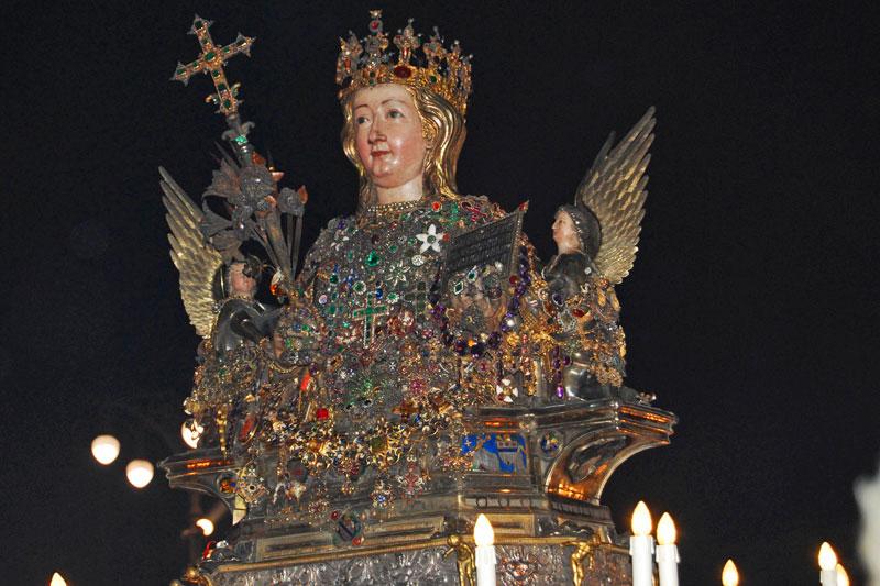 Catania devota: luci e tradizione