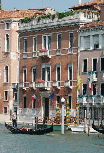 Venezia in festa, tra mercatini del vetro e gran galà di Capodanno