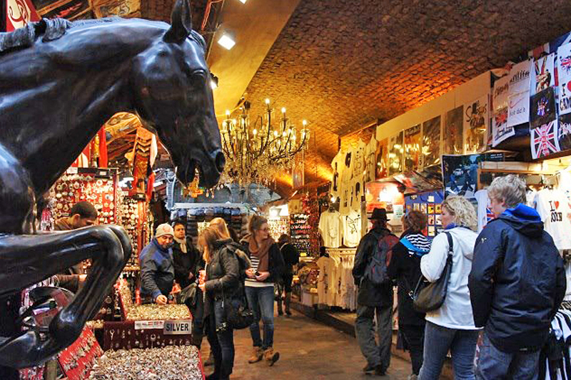 Londra: shopping nei mercatini