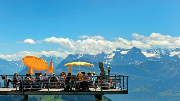 Foto Lucerna outdoor: vacanze in cielo