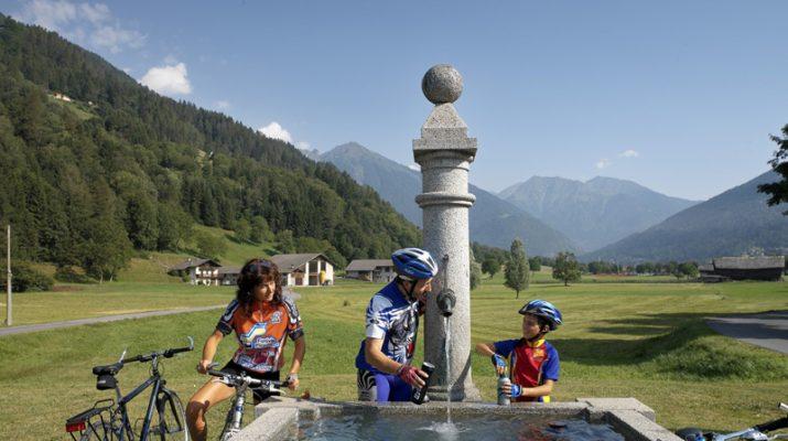 Foto Trentino: avventure in mezzo alla natura e tanto sport, formato famiglia
