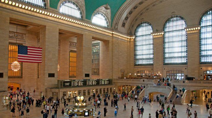 Foto New York, la Grand Central Station compie 100 anni