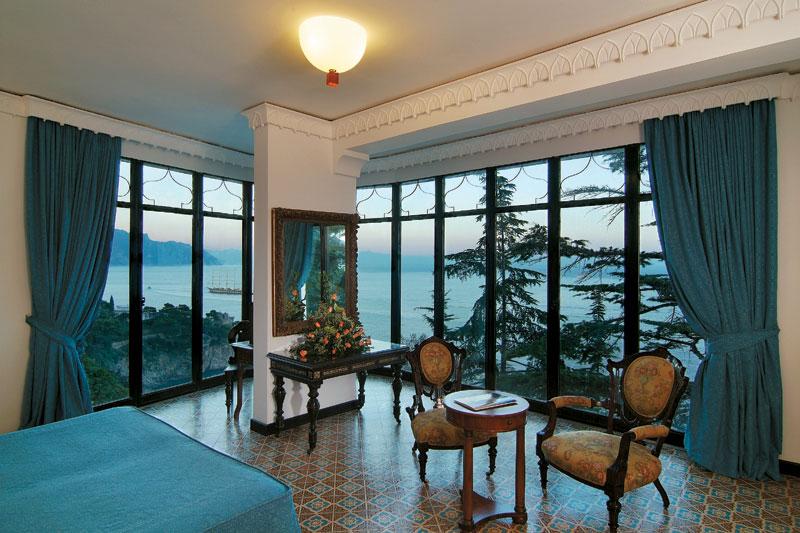 Costiera Amalfitana, mare per quattro stagioni