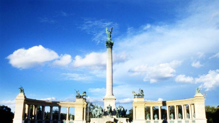 Foto Budapest: un tour contro la crisi