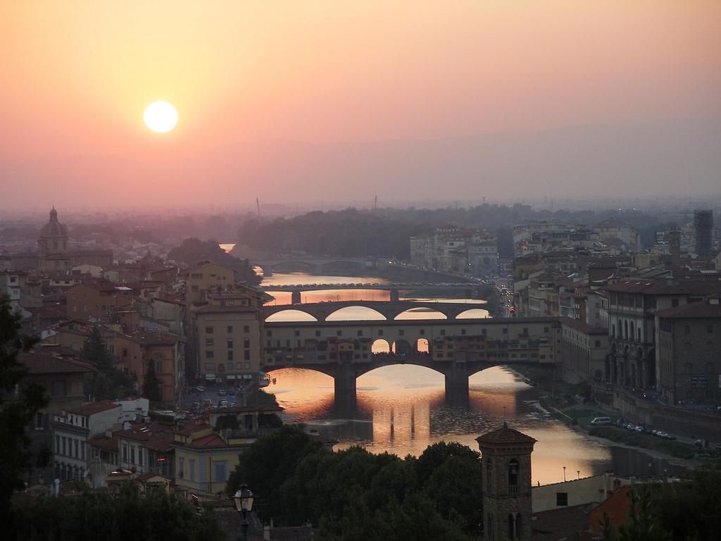 Spiriti e zucche a Firenze per la notte di Halloween