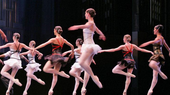 Foto San Pietroburgo, la danza degli zar