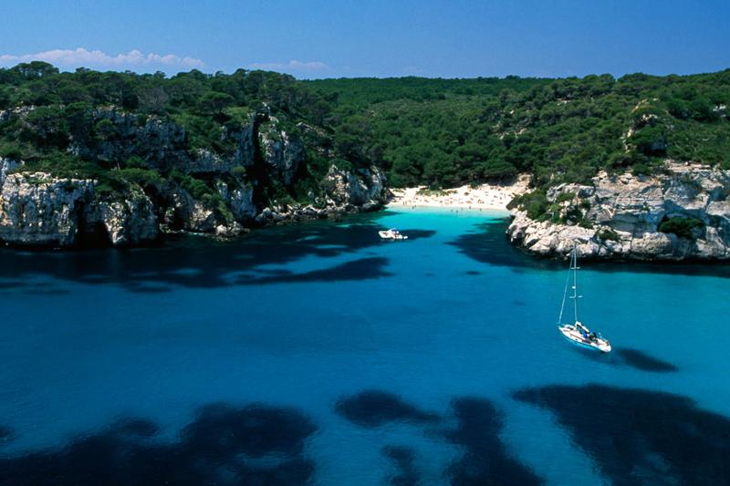 Minorca l 39 isola dell 39 ozio dove viaggi for Dove soggiornare minorca