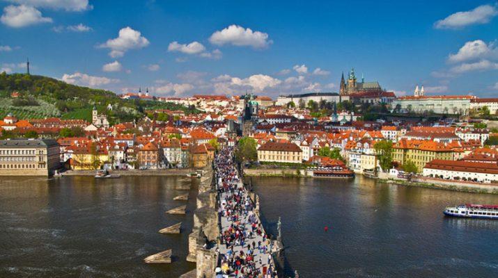 Foto Praga, primavera in festa