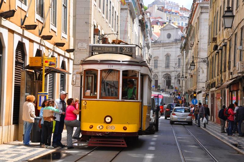 Feste, sardine e altre bontà a Lisbona