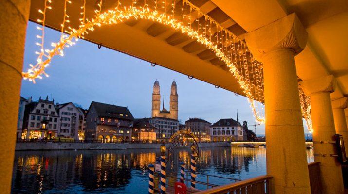 Foto Romantiche atmosfere: a Zurigo per i mercatini