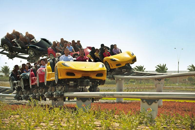 Adrenalina a mille al Ferrari World di Abu Dhabi