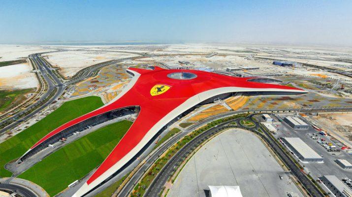 Foto Adrenalina a mille al Ferrari World di Abu Dhabi