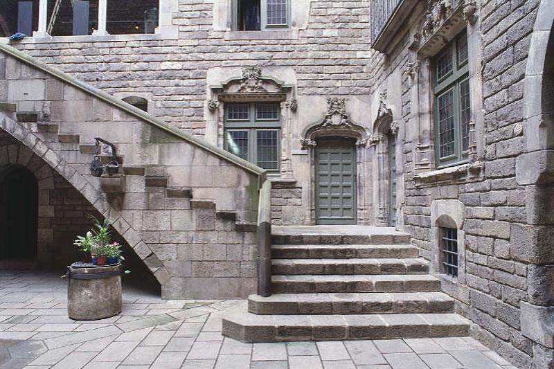 Il fascino medievale di Barcellona