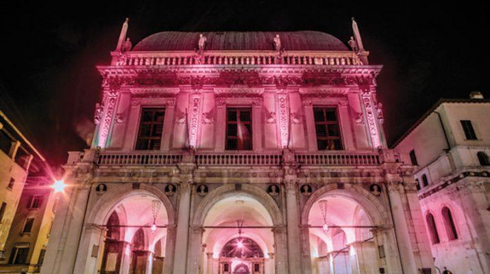 Foto Giro d'Italia: Brescia e la Notte Rosa