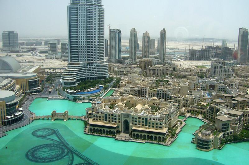 Dubai, vista dalle nuvole