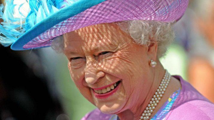 Foto A Londra per un weekend da regina