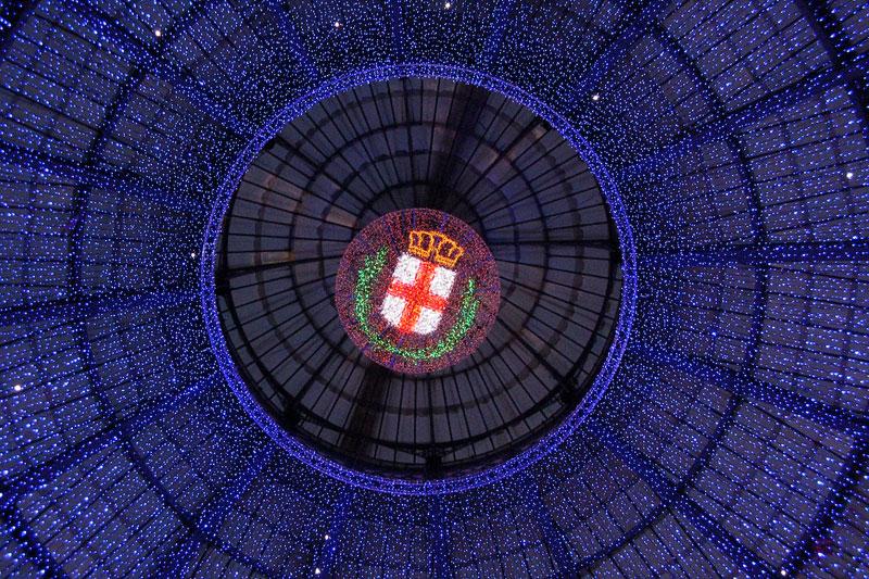 Oh Bej Oh Bej: Milano in festa tra le bancarelle e le luci del Castello