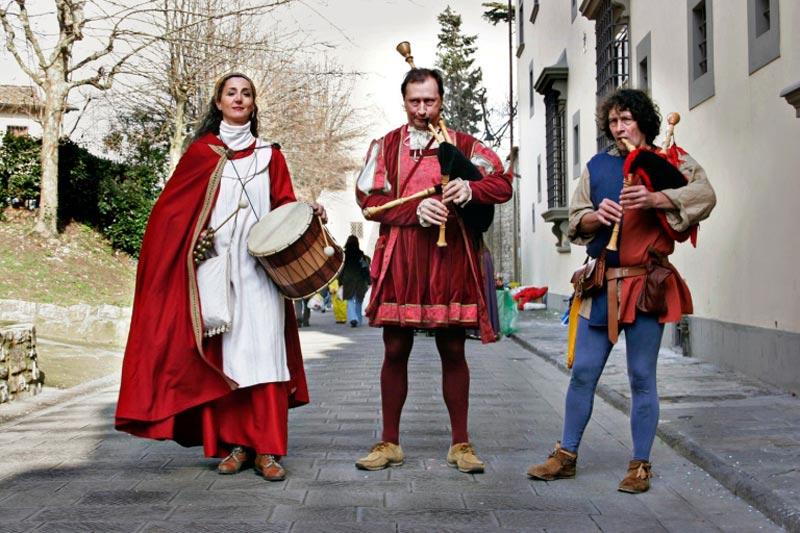 A Calenzano, fra damigelle, cavalieri e bardi