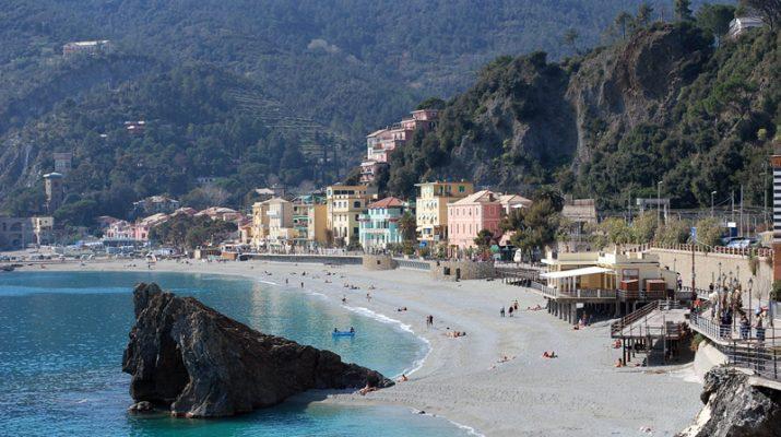 Foto Liguria, la rinascita delle Cinque Terre