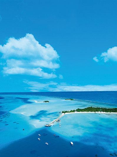 Maldive, tornano i colori