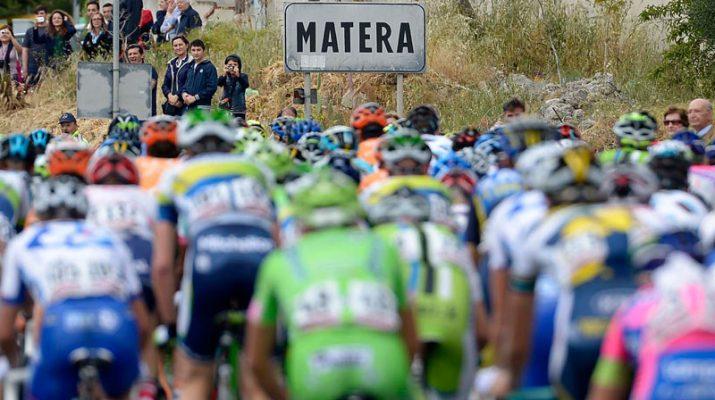 Foto Matera: Giro d'Italia tra i Sassi