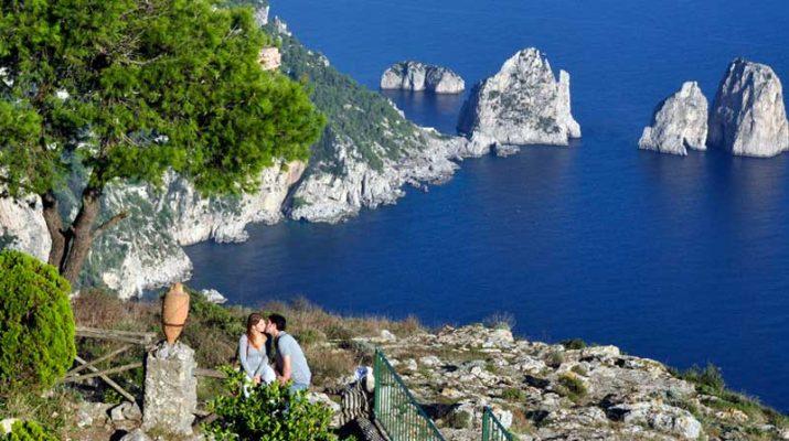 Foto Capri, lontano dalla pazza folla