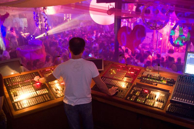 Ibiza, party scatenati di fine estate