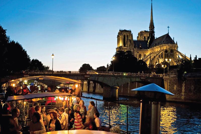 Parigi: nuovo look per la Senna