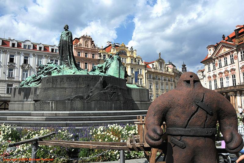 Praga in noir: luoghi leggendari e atmosfere da brivido
