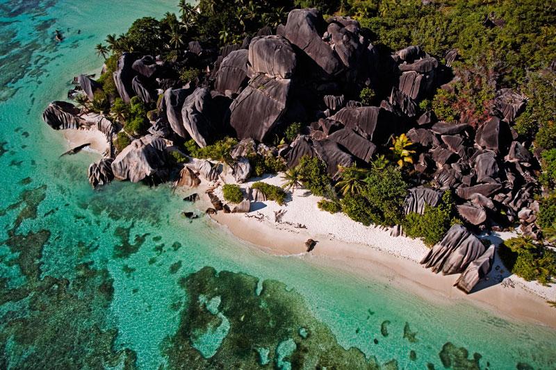 Seychelles d'estate, tra surf e natura