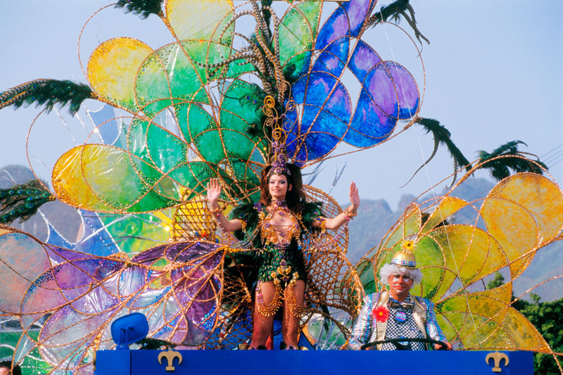 Canarie, Carnevale al sole