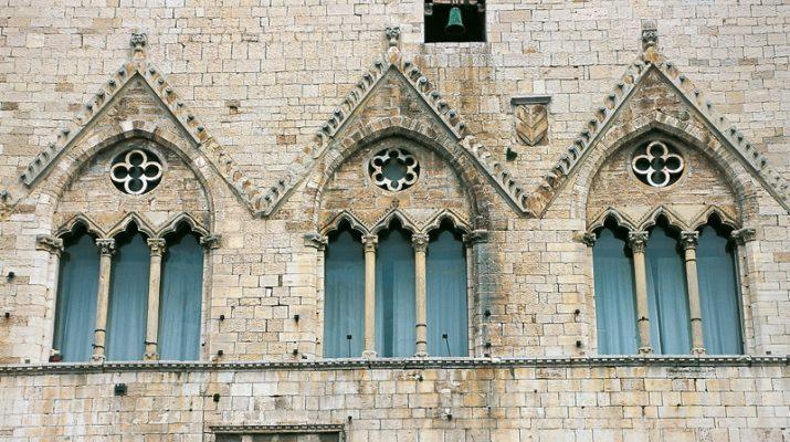 Foto Todi e dintorni: ritorno al Medioevo