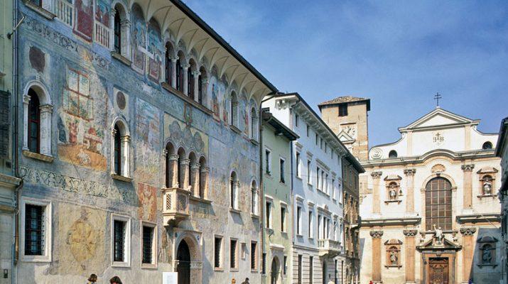 Foto Trekking a Trento: quattro passi per la città tra intrighi e misteri