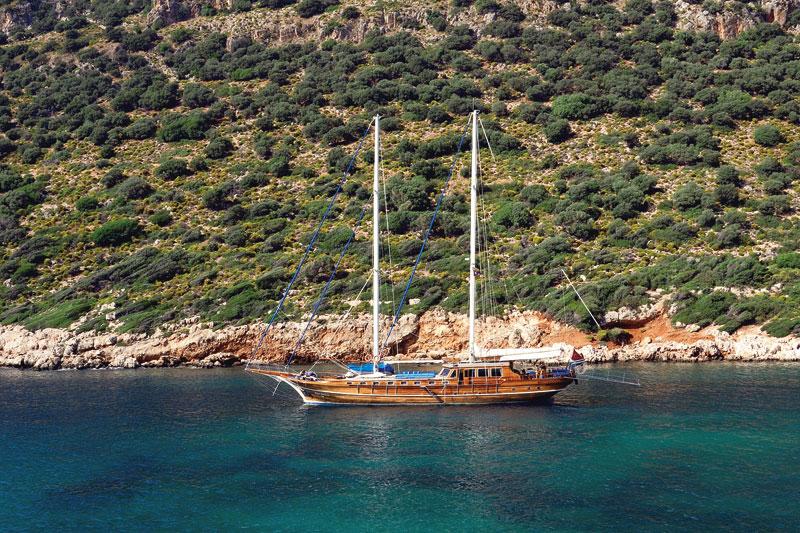 La Turchia vista dal mare con la crociera in caicco. Lusso accessibile