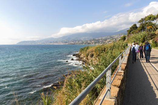 Foto La Liguria dei sentieri. Vista mare