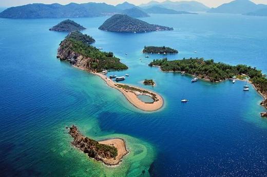 Vacanze in barca: le 10 cose da sapere per il noleggio e il viaggio
