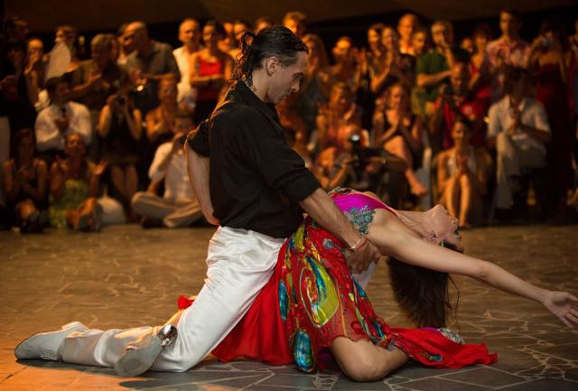 Il Tango e altri 9 motivi per essere  a Catania a Ferragosto