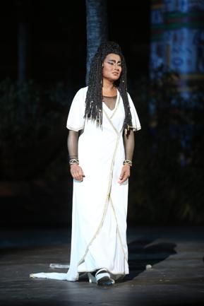 Arena di Verona: Aida storica con debutto