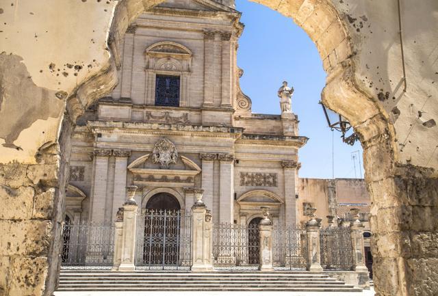 A Ispica, dolci, cinema e barocco siciliano