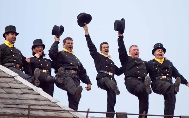 Foto Sulle orme degli spazzacamini:  il raduno internazionale degli amici di Mary Poppins