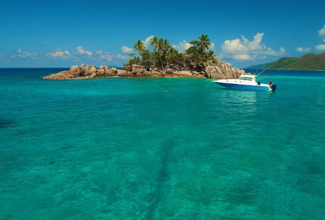 Seychelles: in barca nelle isole più incontaminate