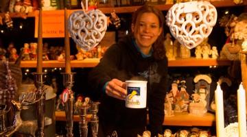 Il mercatino di Natale a Kitzbühel: dal 25 novembre al 23 dicembre 2011 si vendono addobbi e oggetti tipici del Tirolo