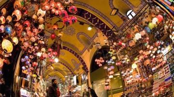 Shopping tradizionale e nuovo artigianato turco nel Grand Bazar di Istanbul