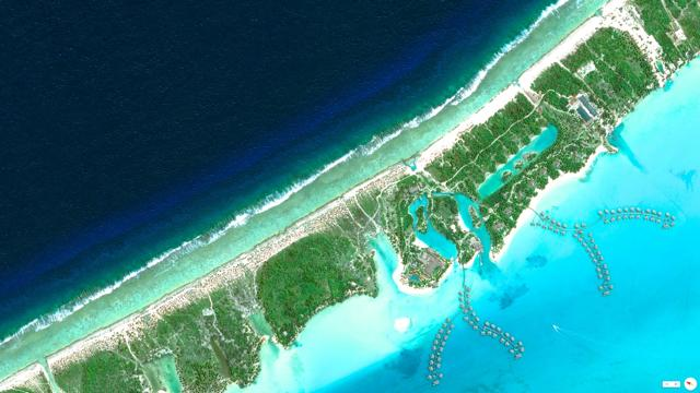 Foto Overview, il mondo visto dal satellite