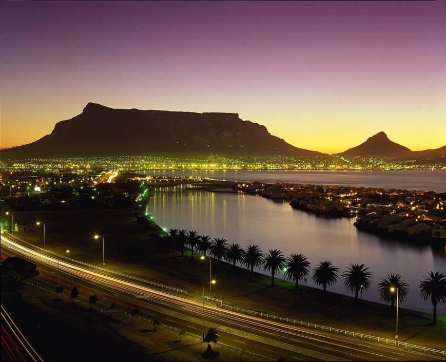 Cape Town, natura e urban life
