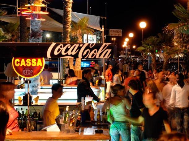 Divertimento a Rimini: le lunghe notti della Riviera
