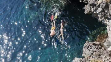 Ventotene: fondali e grotte da esplorare